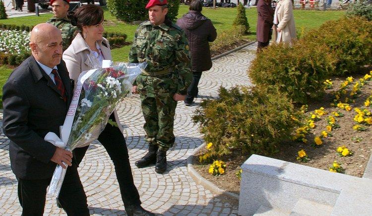 Социалистите в Сливен почетоха 138 години от Освобождението